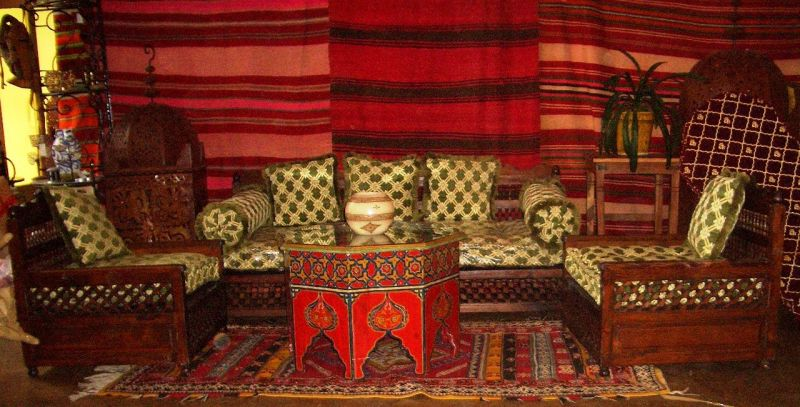 orientalische einrichtung m bel orientalische. Black Bedroom Furniture Sets. Home Design Ideas